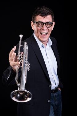Solo-Trompete-Solist-Helmut-Dold-250x375